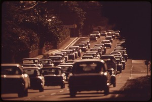 MORNING_RUSH_HOUR_TRAFFIC_TO_HONOLULU_FROM_THE_EAST_ON_KALANIANAOLE_HIGHWAY_-_NARA_-_553718